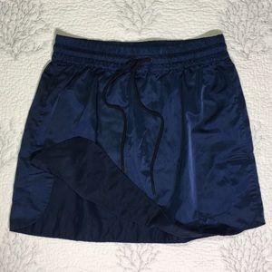 Hunter Silky blue pleaded skirt w/ adjustable tie